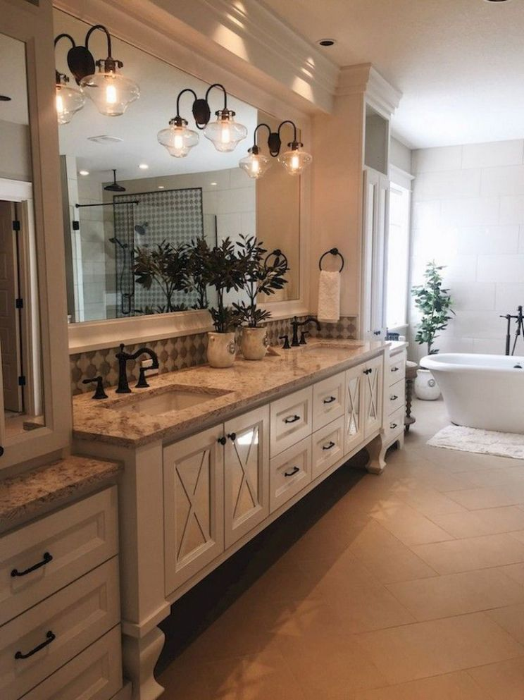 9+ Easy and Modern Farmhouse Bathroom Decor Ideas | Rustic master ..