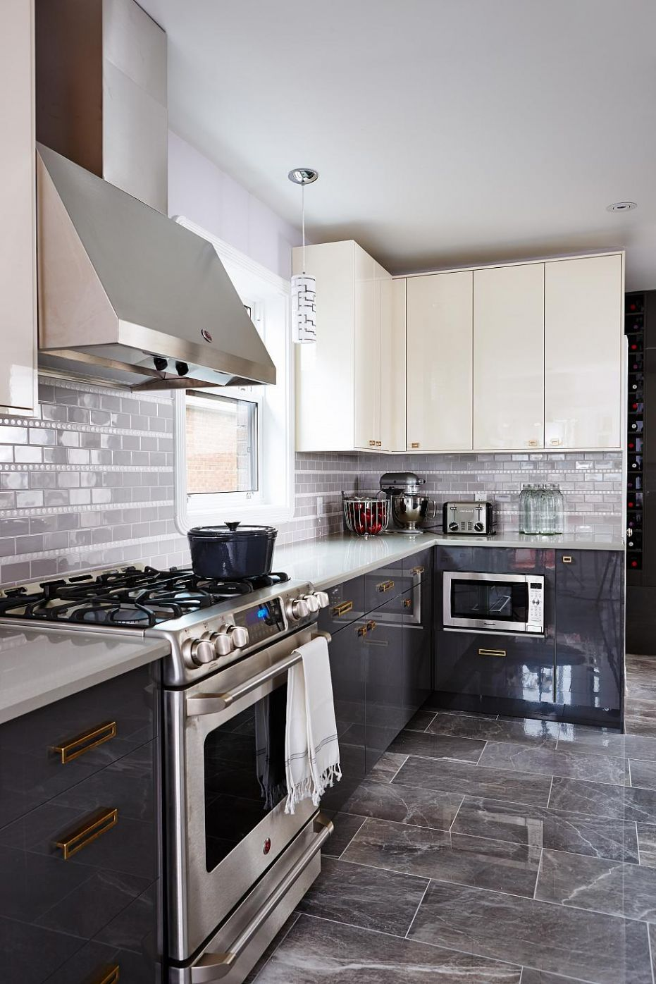 9 Gray Kitchen Design Ideas | Inspiration for Grey Kitchens ...