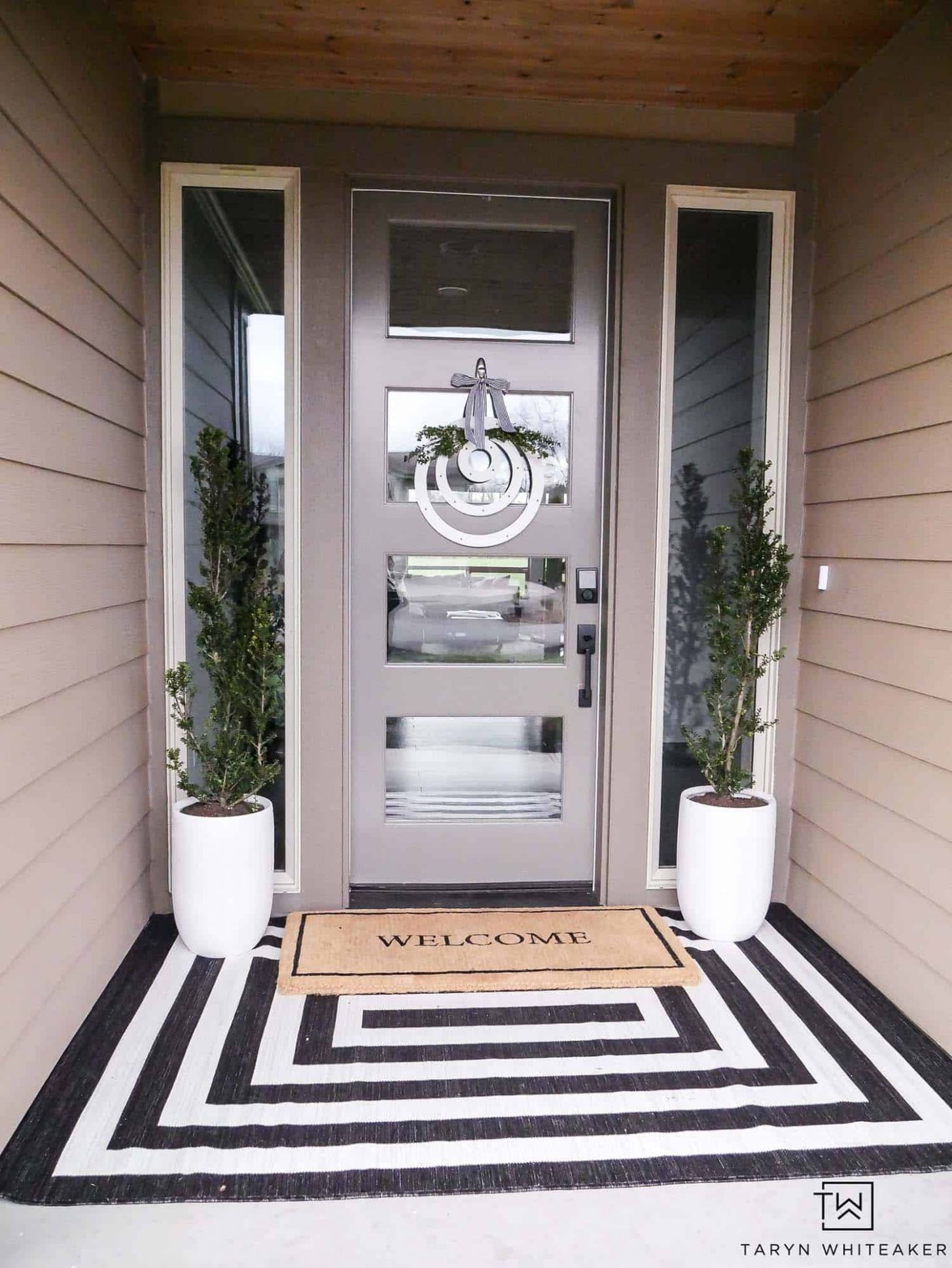 9+ Inspiring Ideas To Freshen Up Your Front Porch For Spring - front porch door ideas