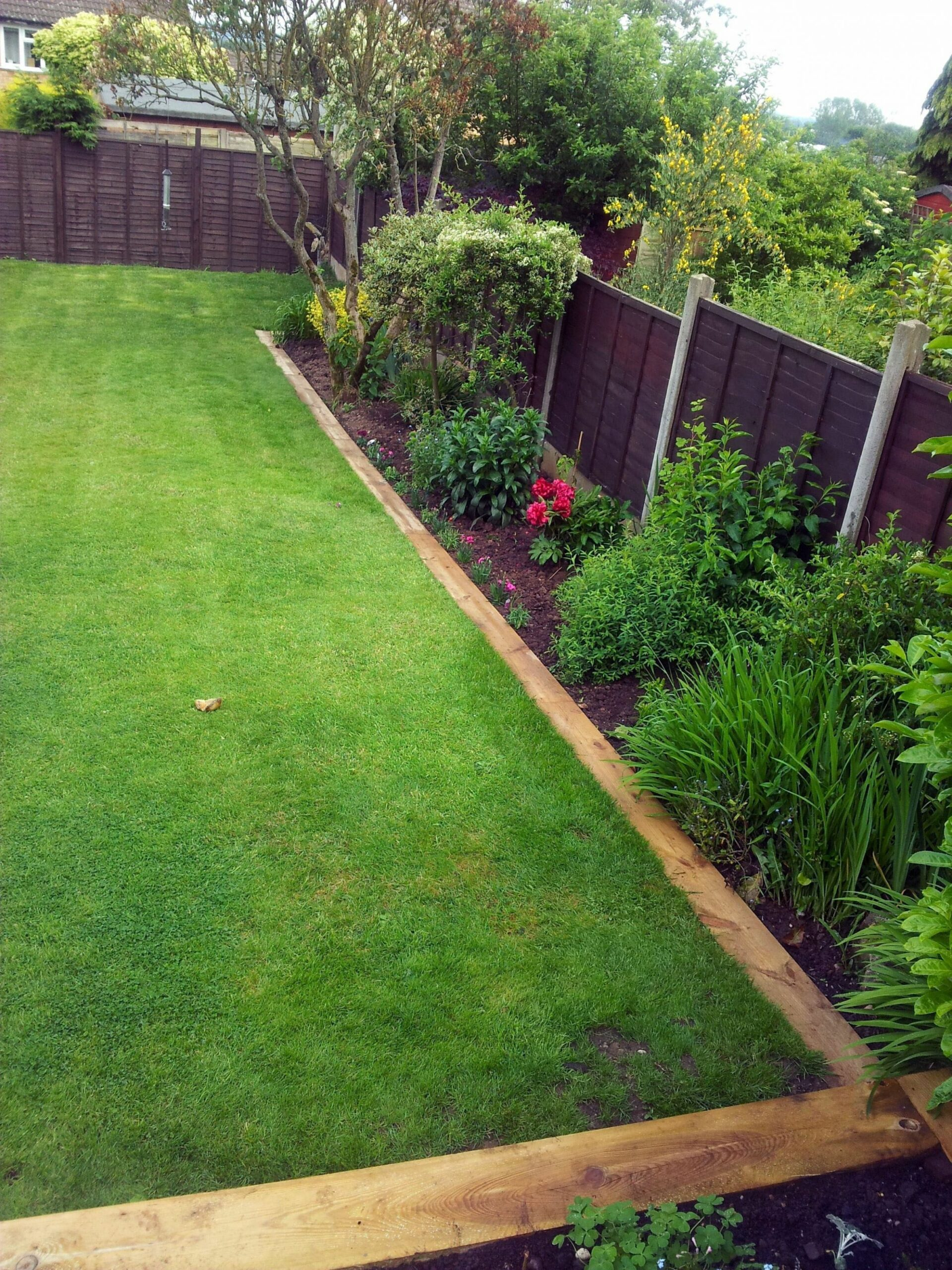 9 Operational and sophisticated Garden Edging Ideas (With images ..