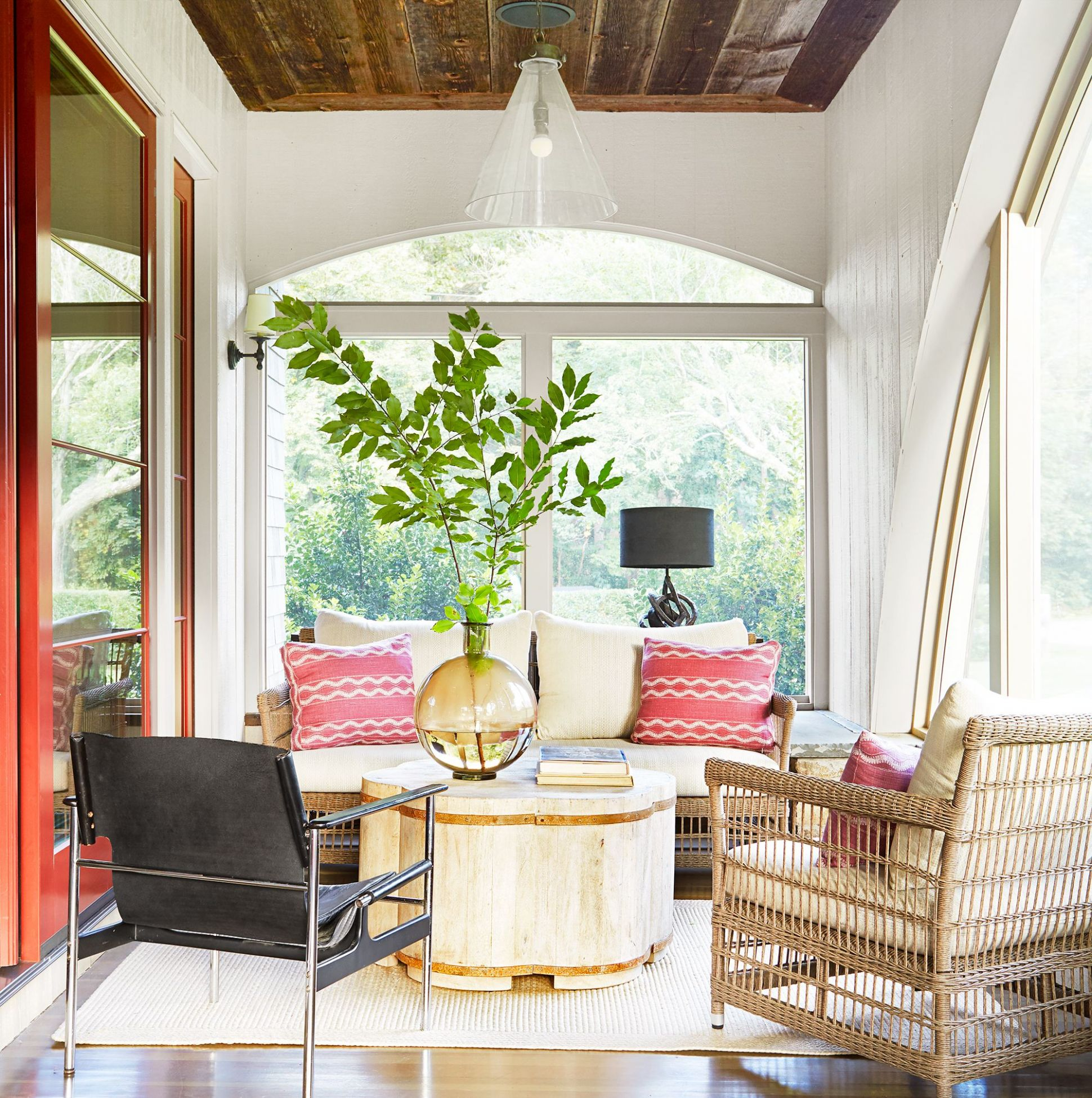 9 Pretty Sunroom Ideas - Chic Designs & Decor for Screened In Porches - sunroom ideas pics