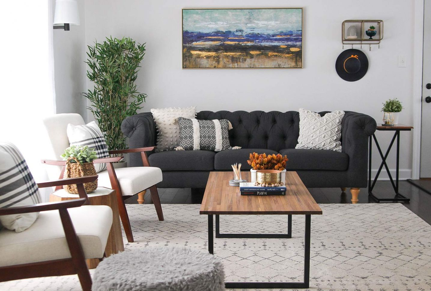9 Ways To Decorate A Small Living Room And Create Space