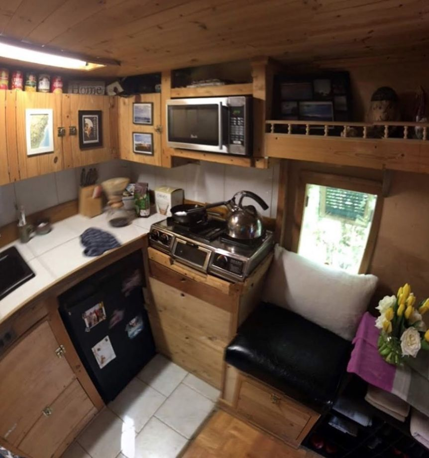 $9k Tiny House For Sale in Kingston, Tennessee... It's Jackie ...