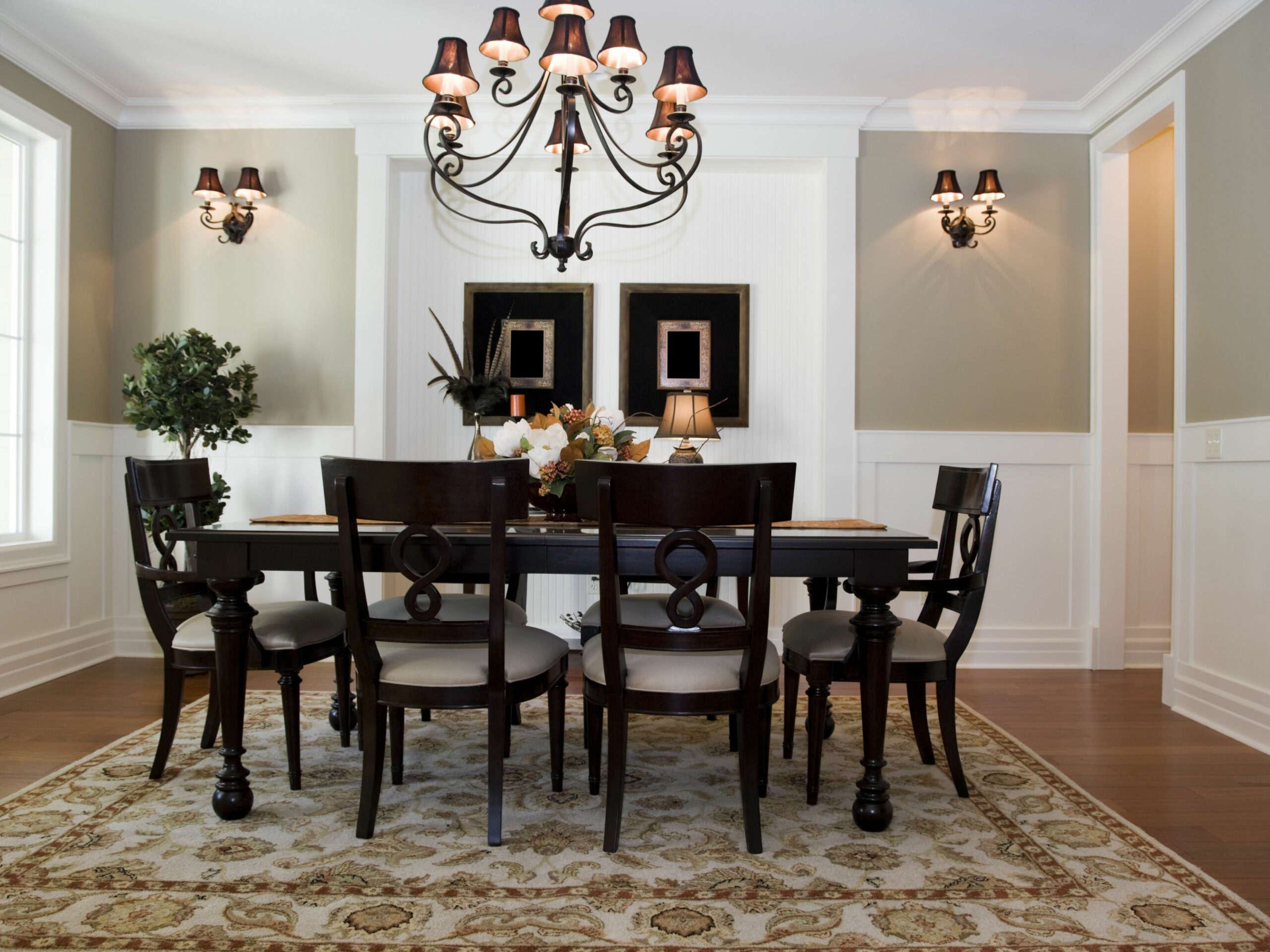 A Chair Rail Gives Your Home a Classic Look - dining room trim ideas