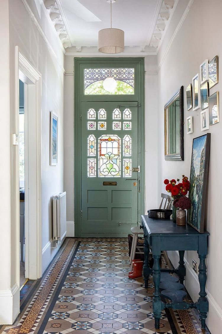 A Grand and Timeless Welcome: Traditional Entry Ideas with Style ..