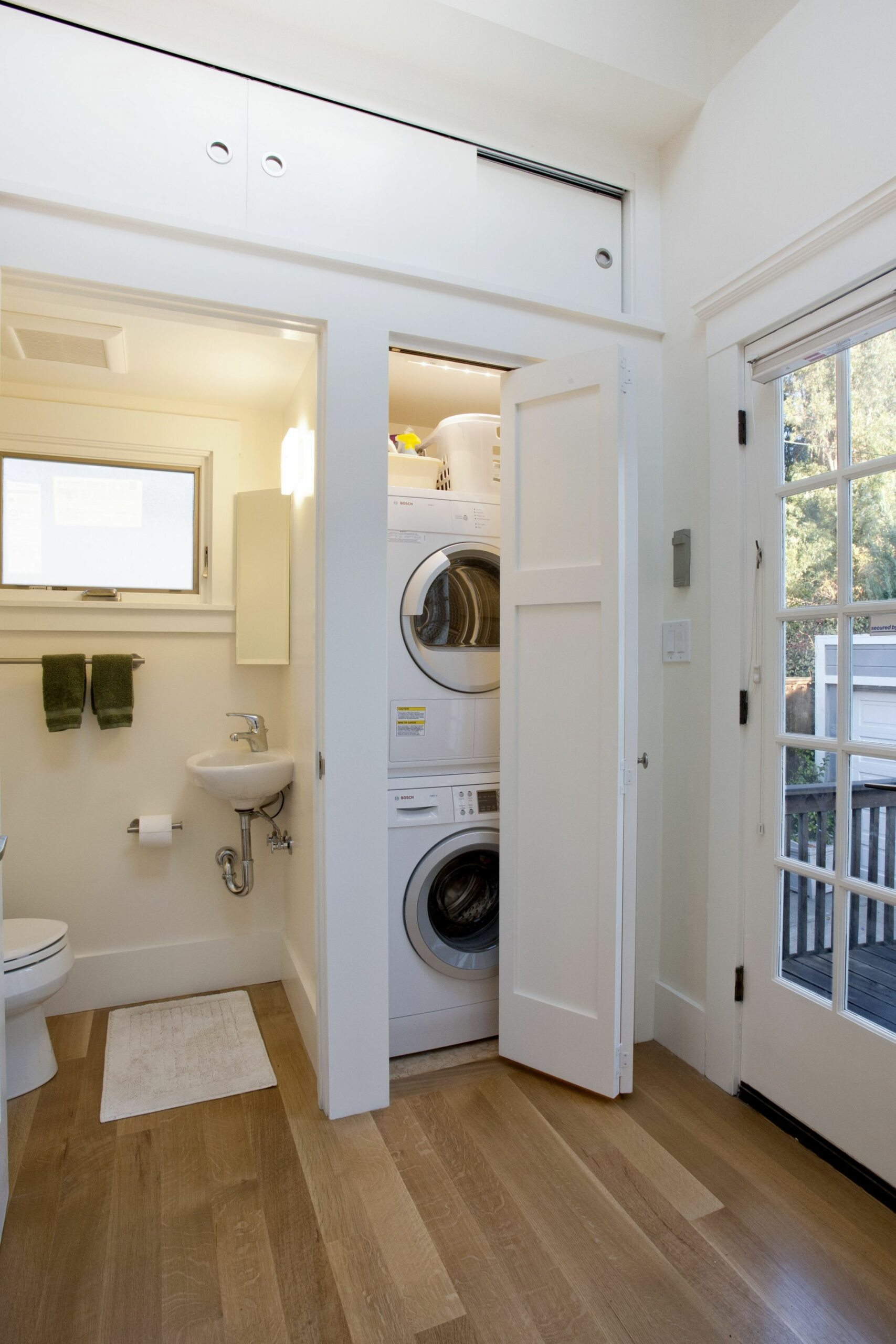 A new guest bath and laundry room were installed | Laundry room ..