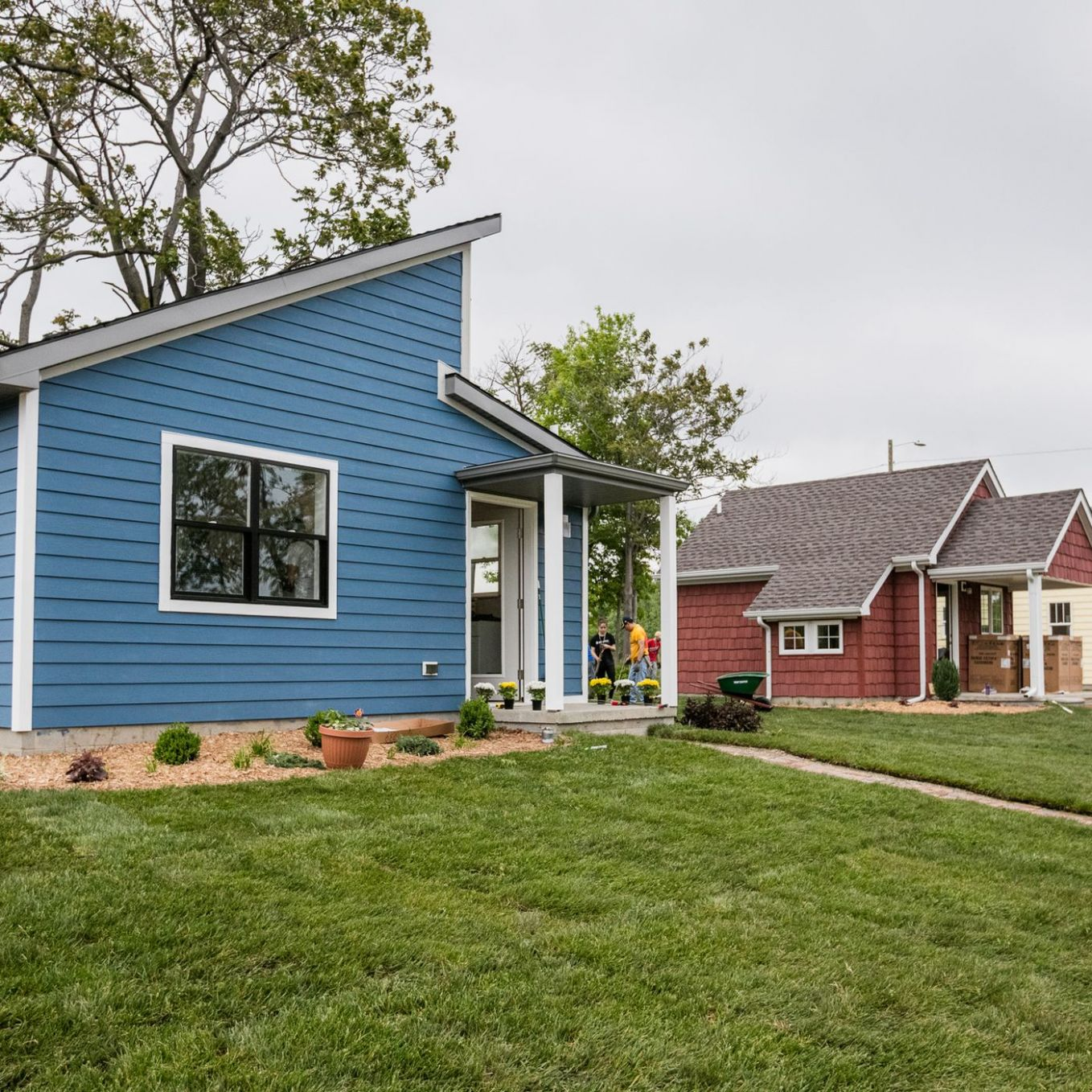 A tiny home community rises in Detroit - Curbed Detroit - tiny house michigan