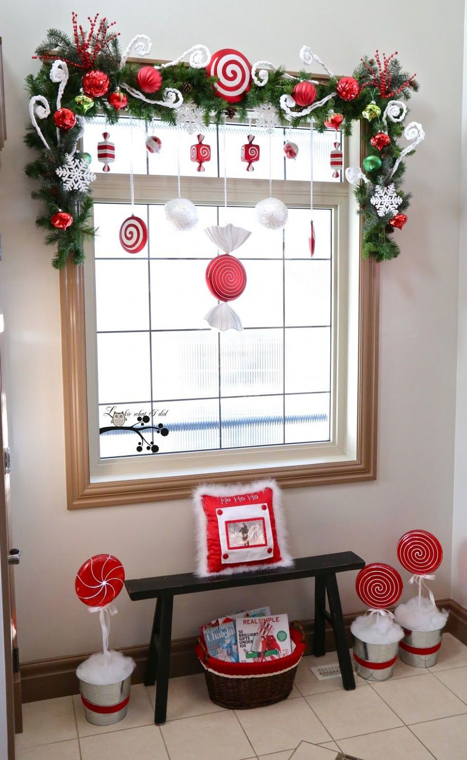 Add Cheer To Your Windows By Decorating Them For Christmas - window garland ideas