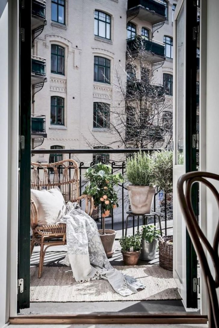 Affordable Apartment Organization Ideas | Apartment balcony ..
