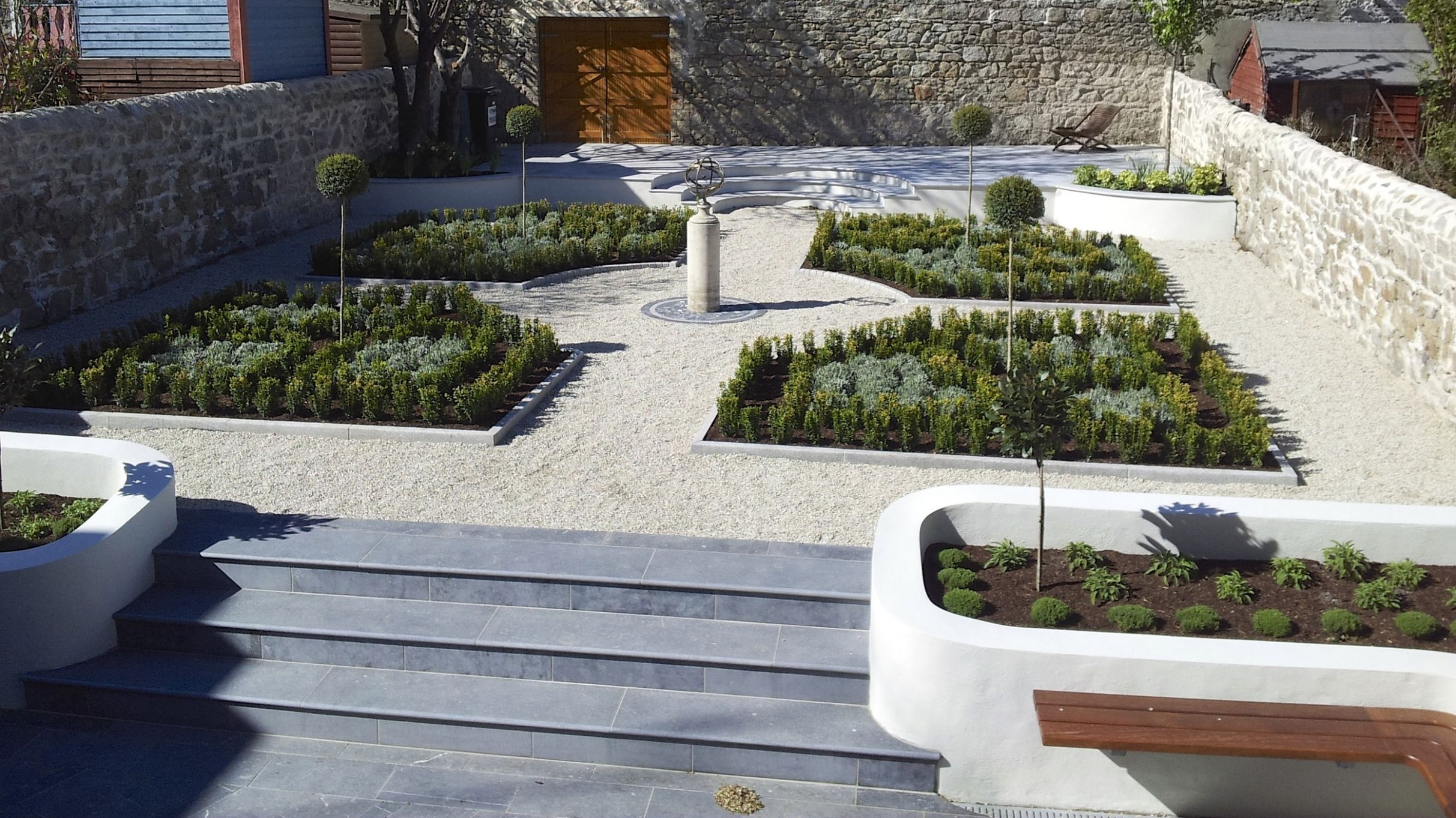 Amazon Landscaping and Garden Design Award Winning Landscaping and ...