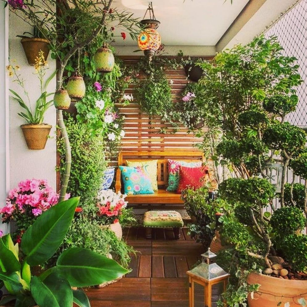 Balcony ideas 💡🌸☘️ . . . . . . . . #balconydecor ..