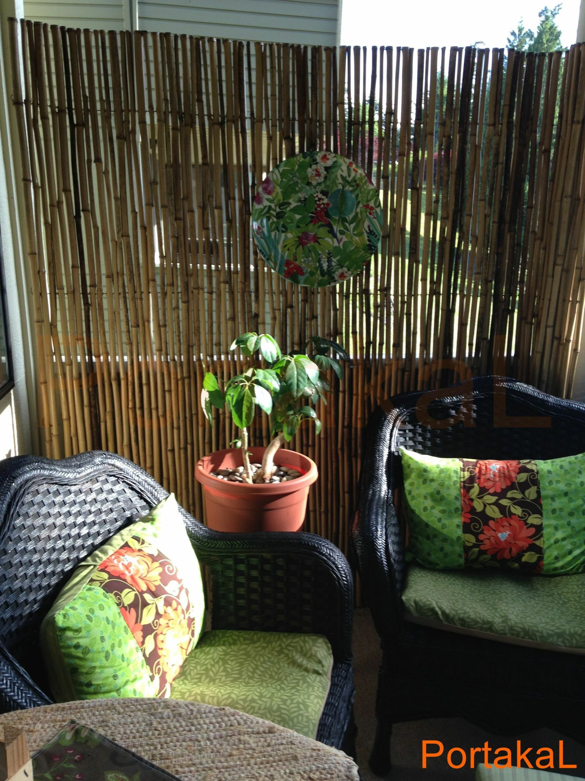Balcony Ideas in 8 (With images) | Balcony privacy, Small ...