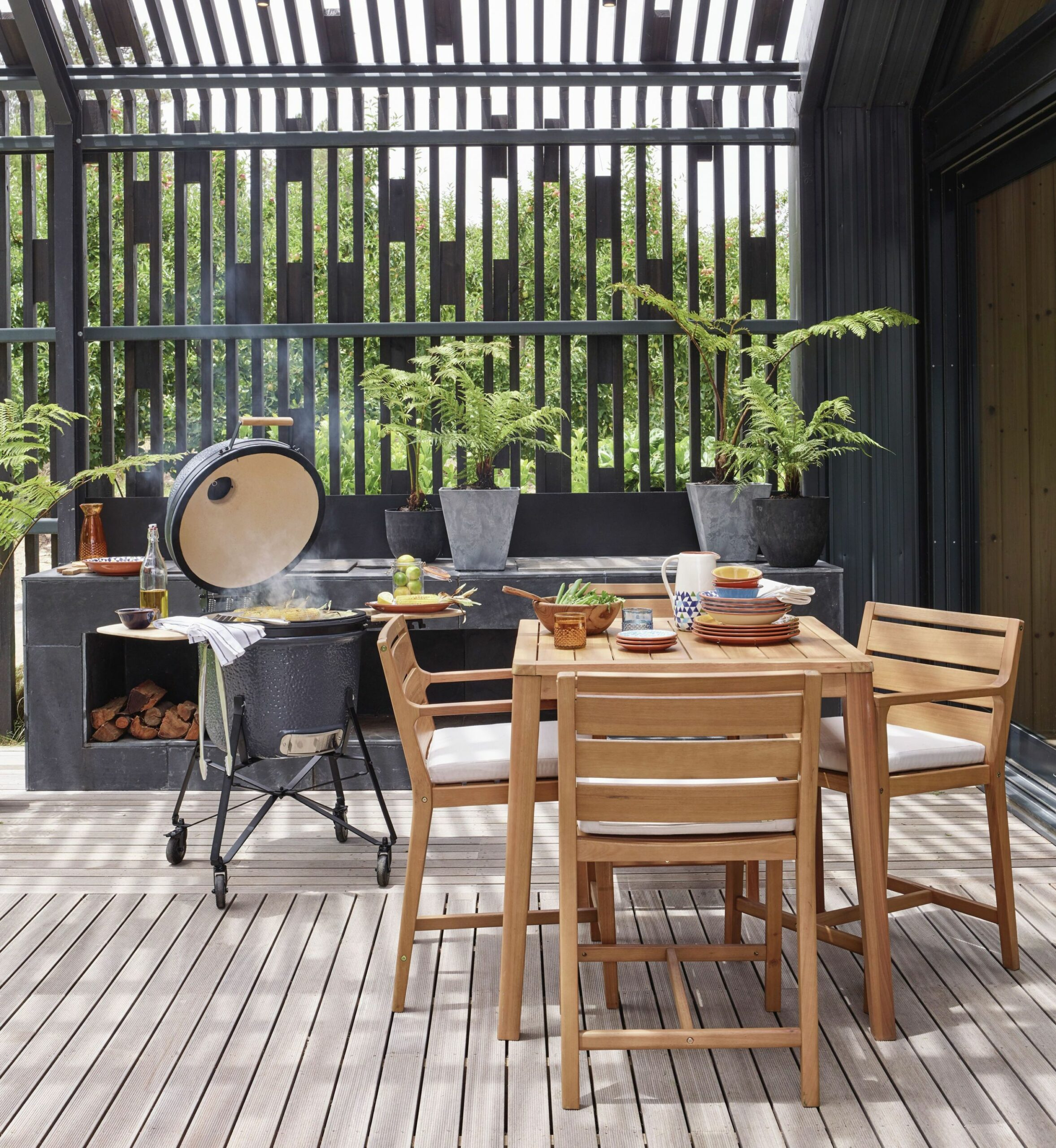 BBQ Ideas - Ultimate Guide To Hosting A Barbecue Party This Summer