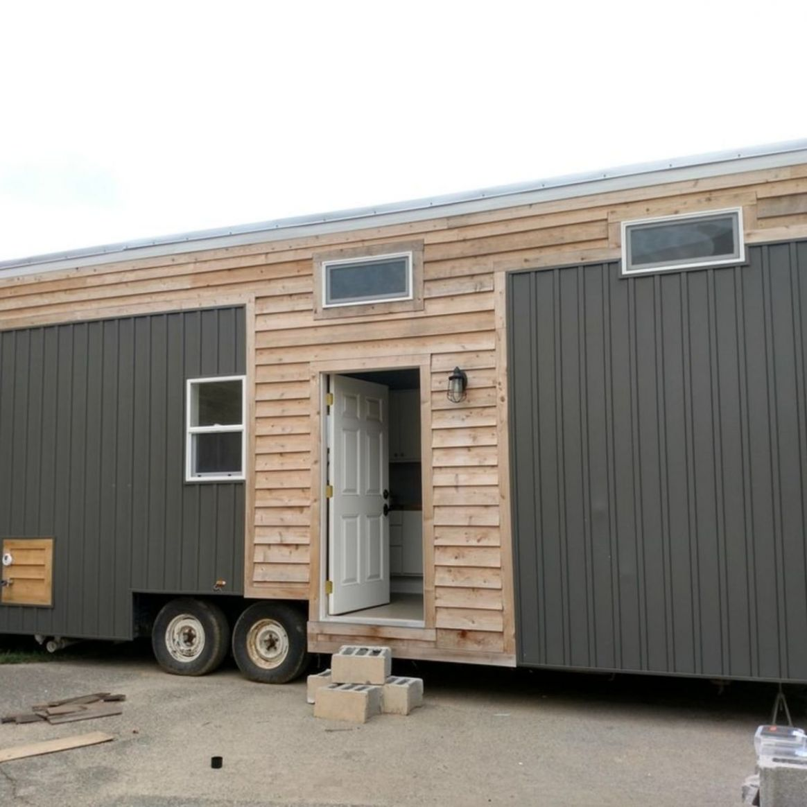Beautiful tiny house WITH A CHANCE TO BE ON HGTV! - Tiny House for Sale in  Grand Rapids, Michigan - Tiny House Listings - tiny house michigan