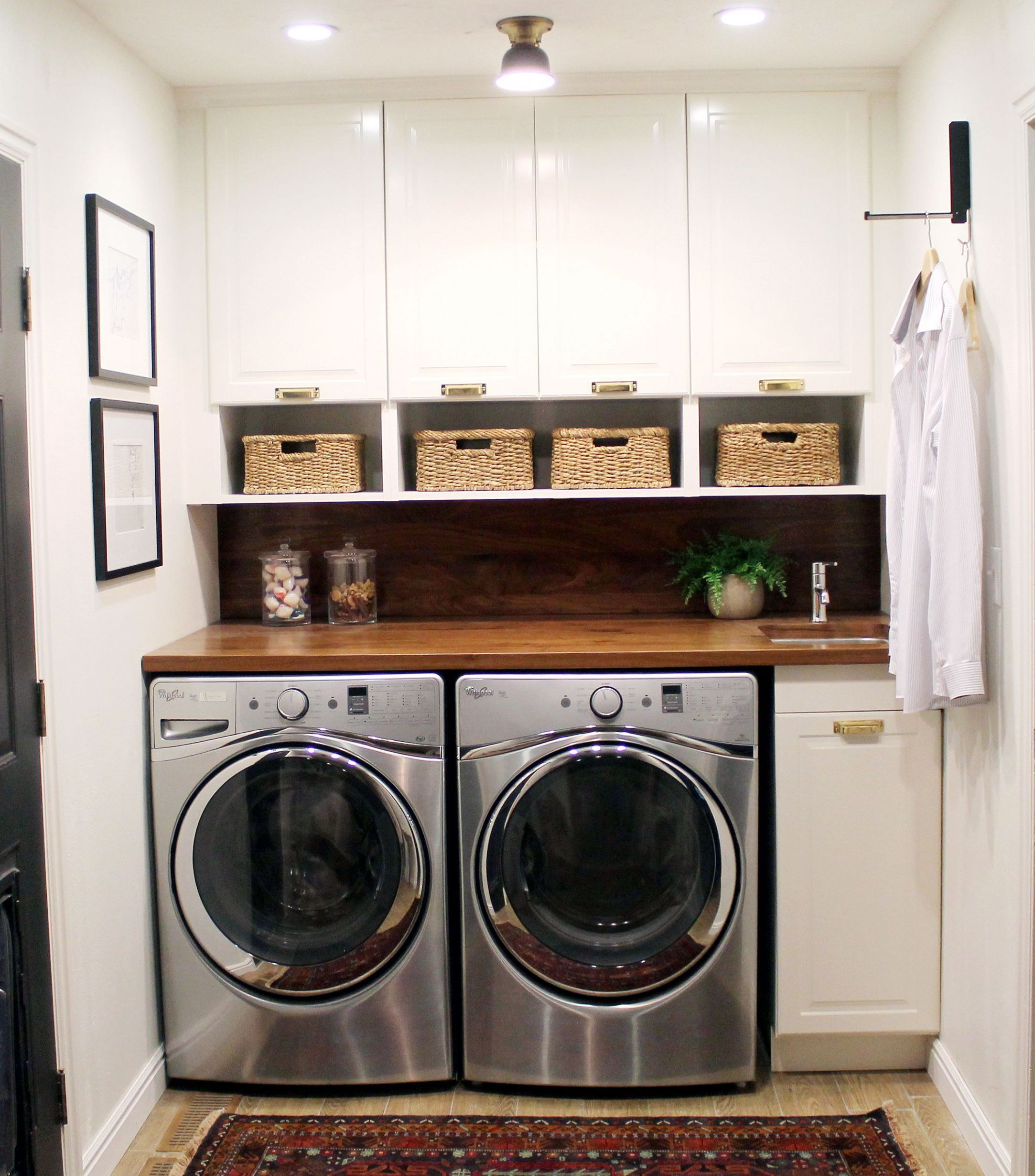 Before and After: A Bathroom Turned Laundry Room(이미지 포함 ..