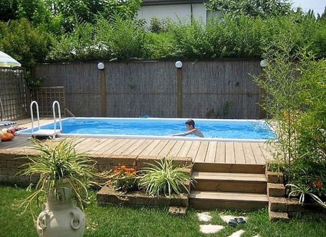 Best Backyard Pool Landscaping Ideas (With images) | Budget ...