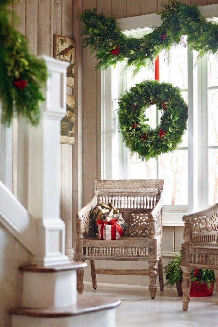 Big and Beautiful Christmas Wreath and Garland....in a wonderful ..