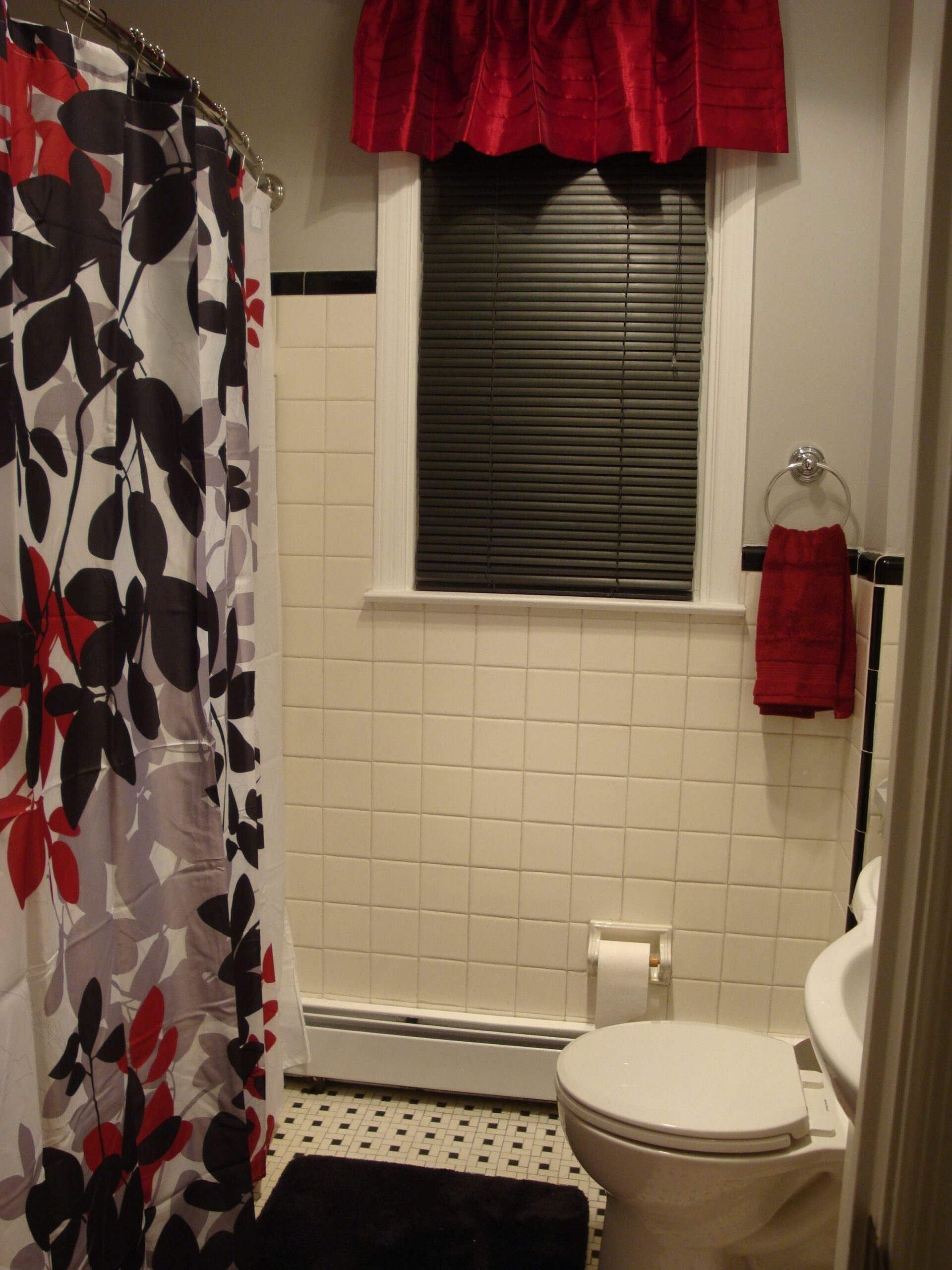 Black, red, gray & white bathroom. I love it! (With images)   Red ...