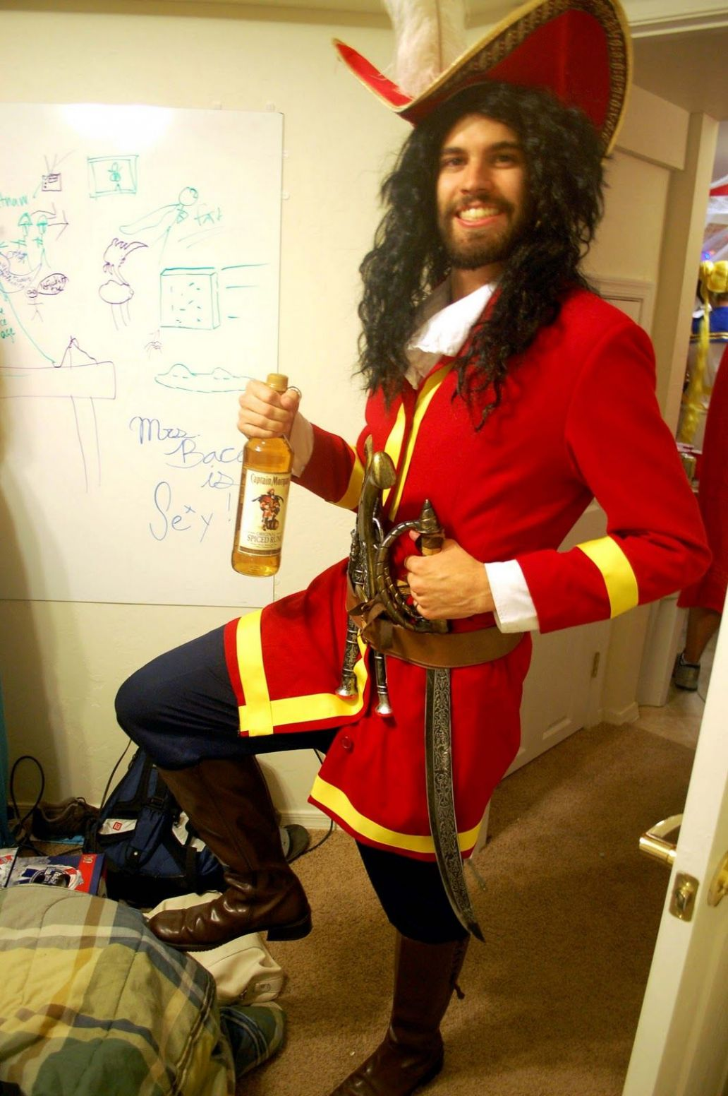 captain morgan halloween costume long haired men ideas cosplay ..