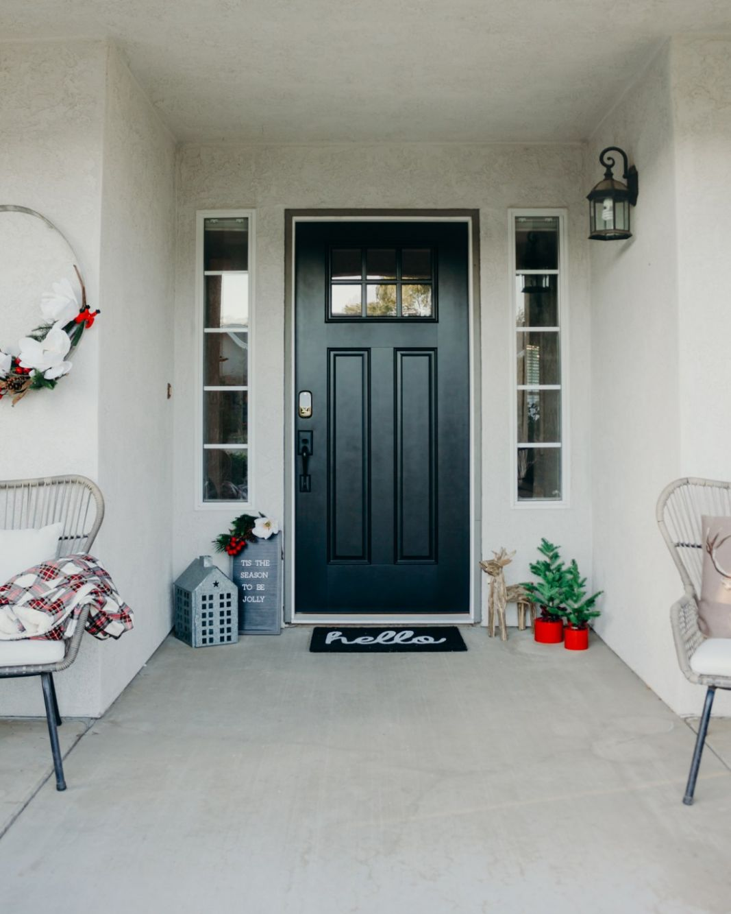 Christmas Front Porch Decor Ideas • (The Naptime Reviewer Blog) - front porch door ideas