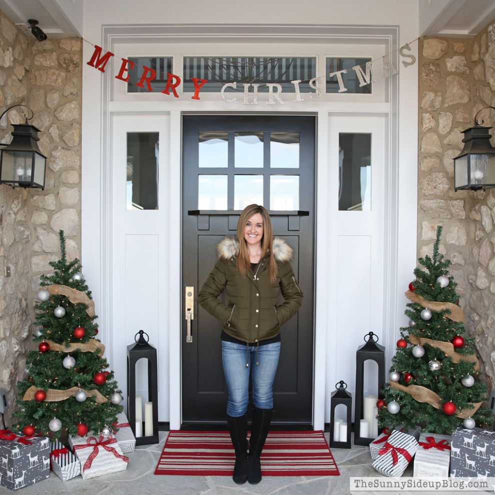 Christmas Front Porch - The Sunny Side Up Blog - front porch tree decor