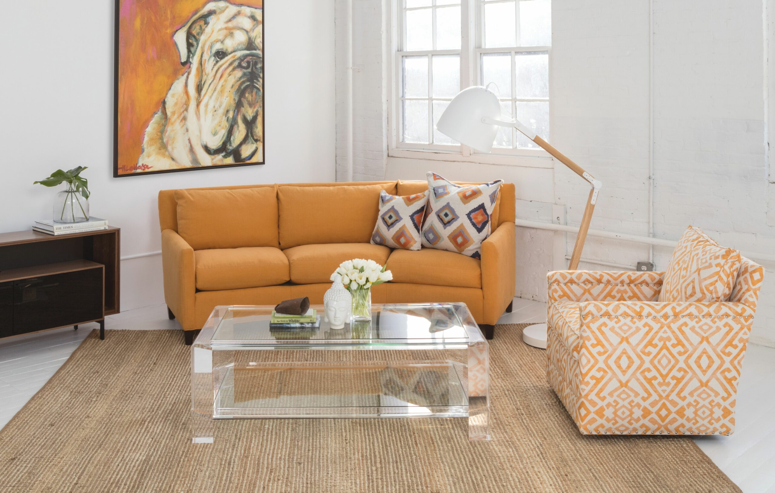 Circle Furniture - How to Choose a Sofa for a Small Living Room