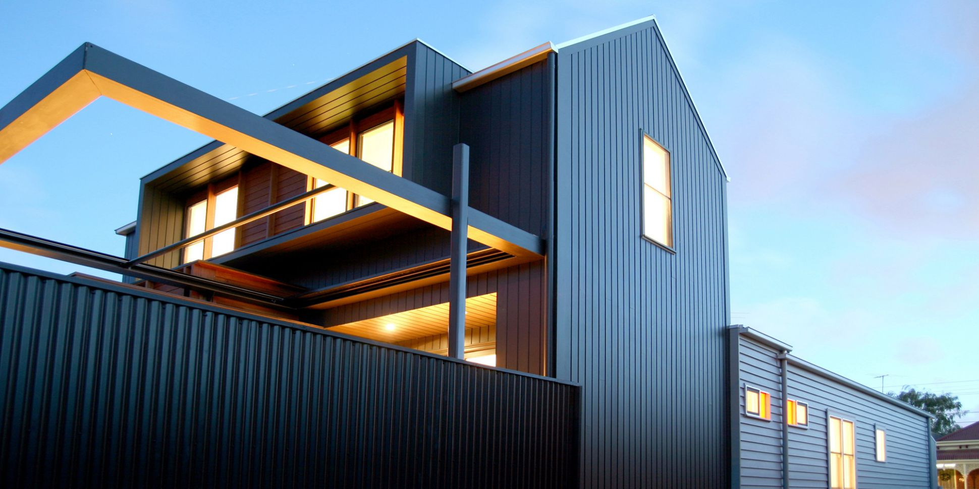 Clifton Hill House by Nic Owen Architects - Shaped Used Grey Wall ...