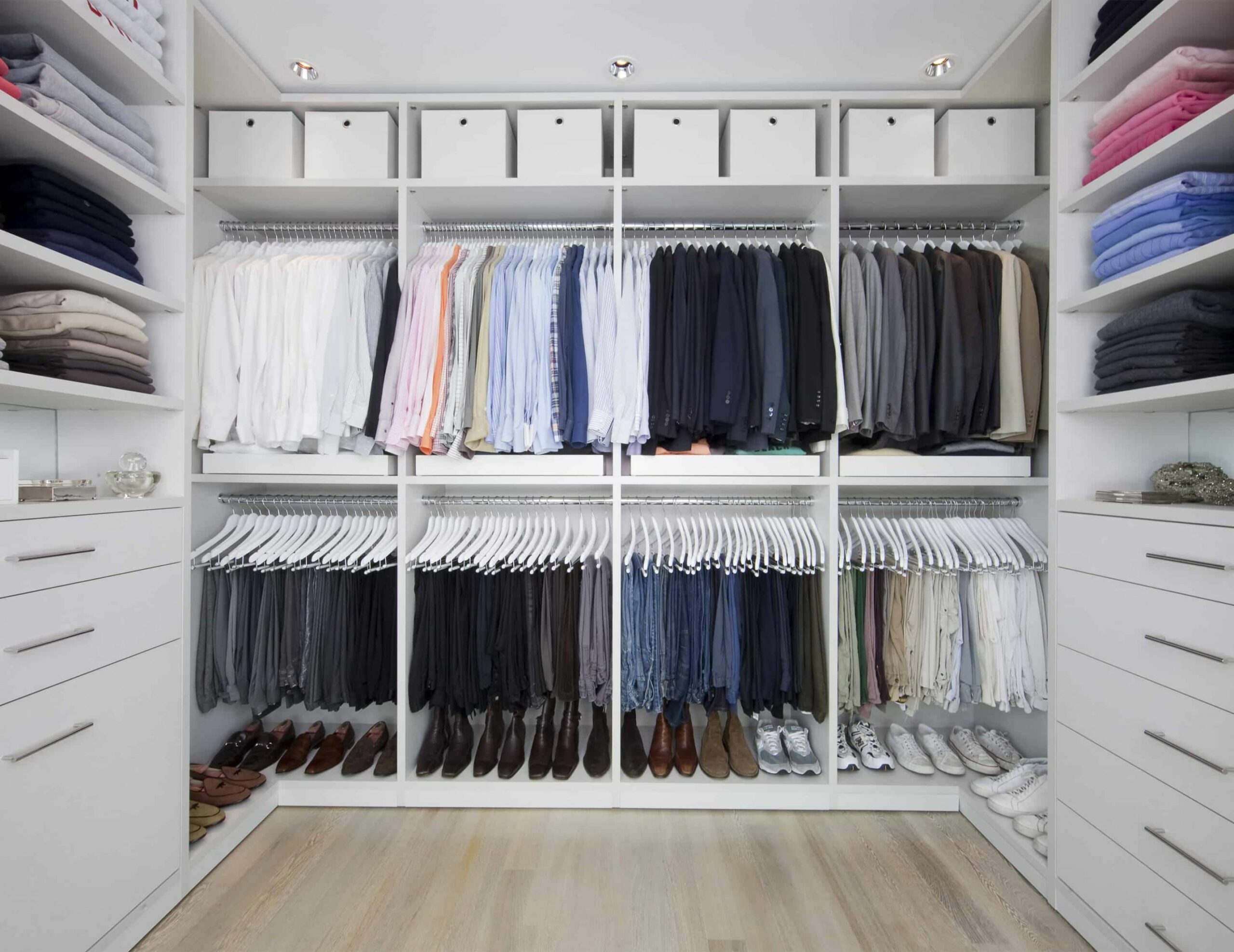 Closet organization ideas to help you get the most out of your space - closet hanging ideas