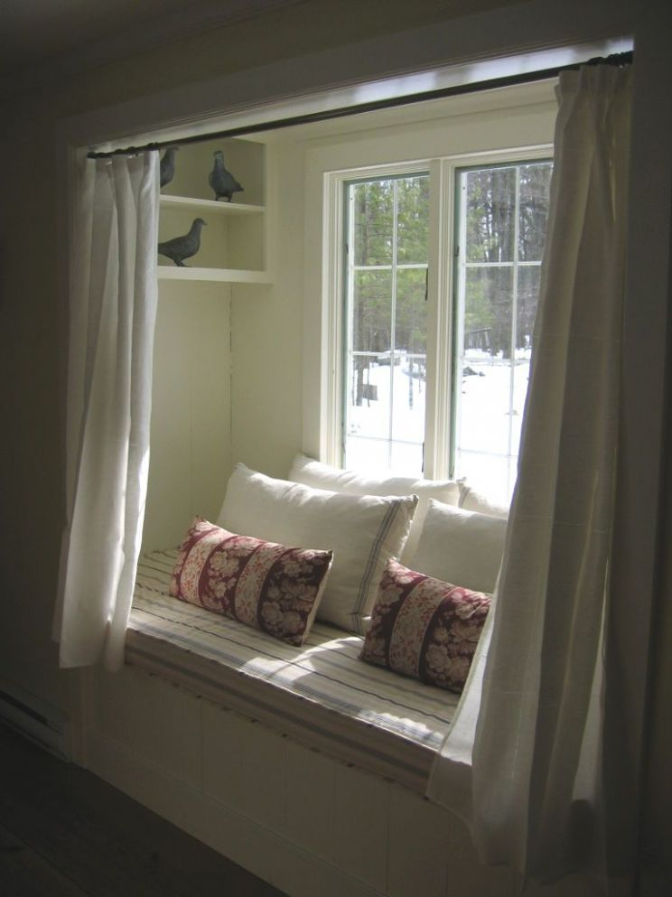 Comfy winter alcove (With images) | Small sleeping spaces, Home ..