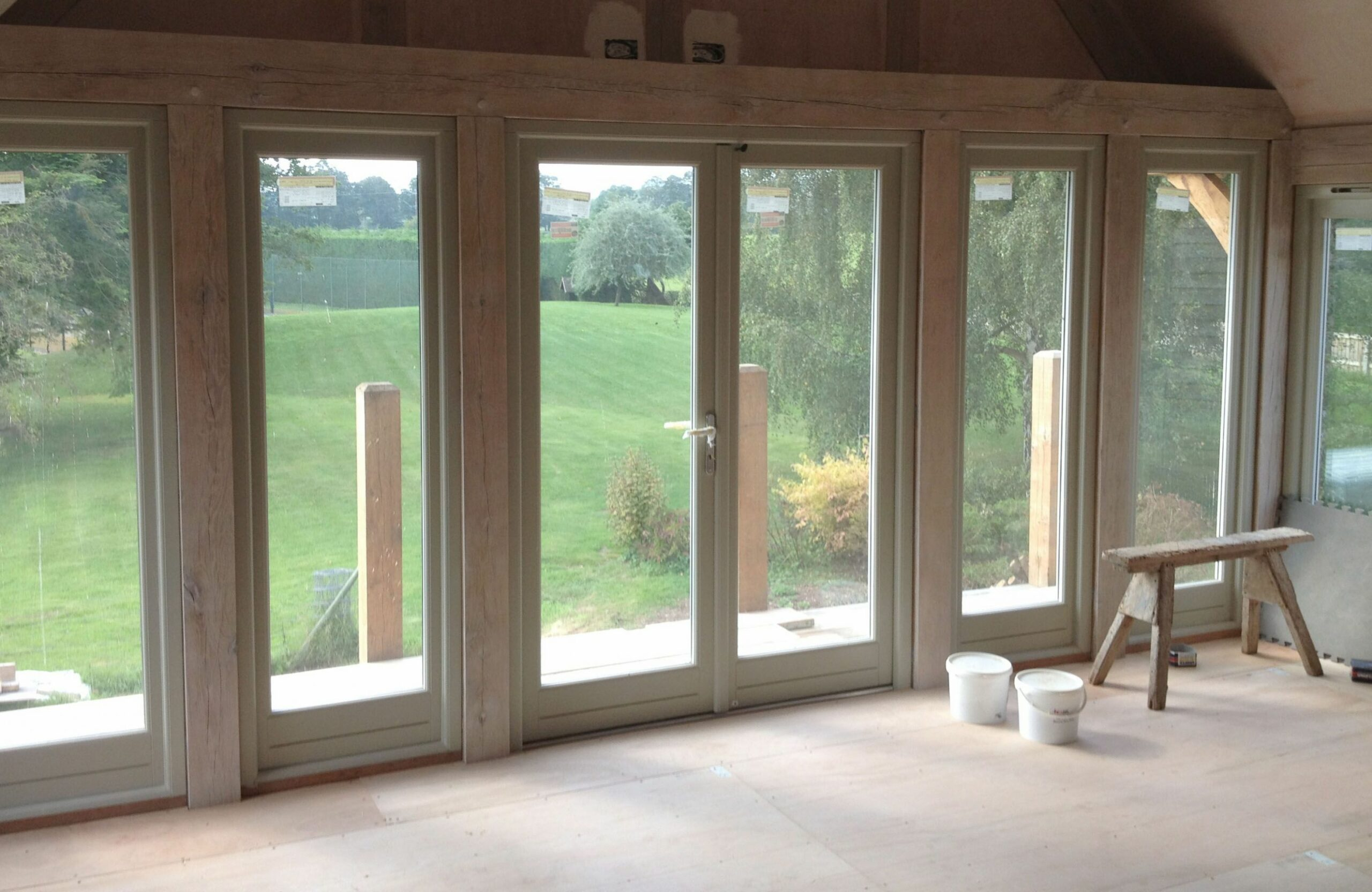 continuous windows in oak frame | Beautiful houses interior, Self ..