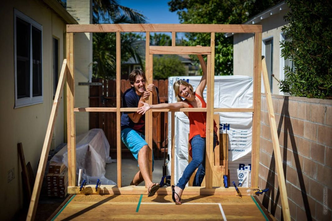 Couple quits jobs and travels in a tiny house - Business Insider - tiny house jobs