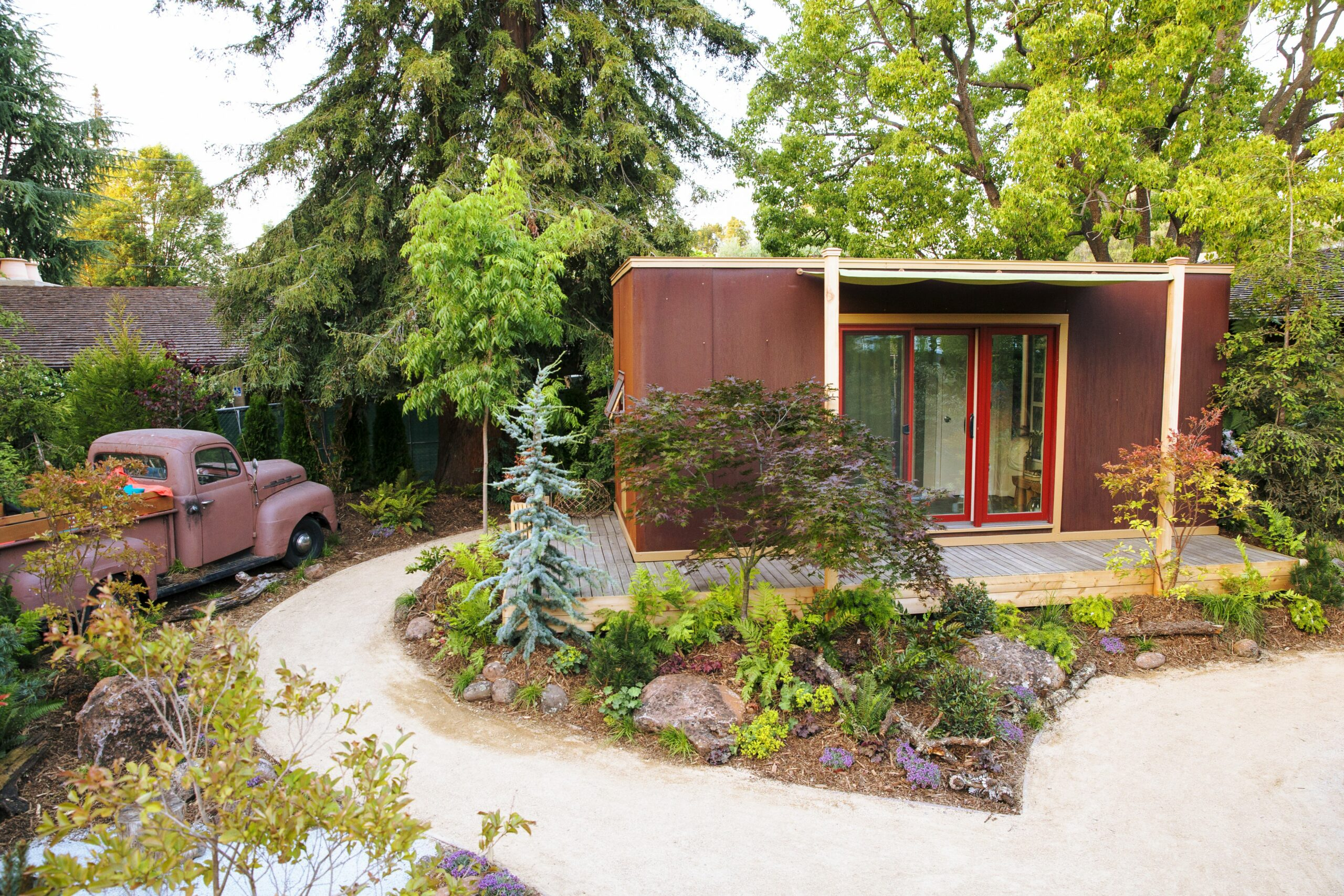 Create Your Own Tiny House's Woodland Retreat - Sunset Magazine