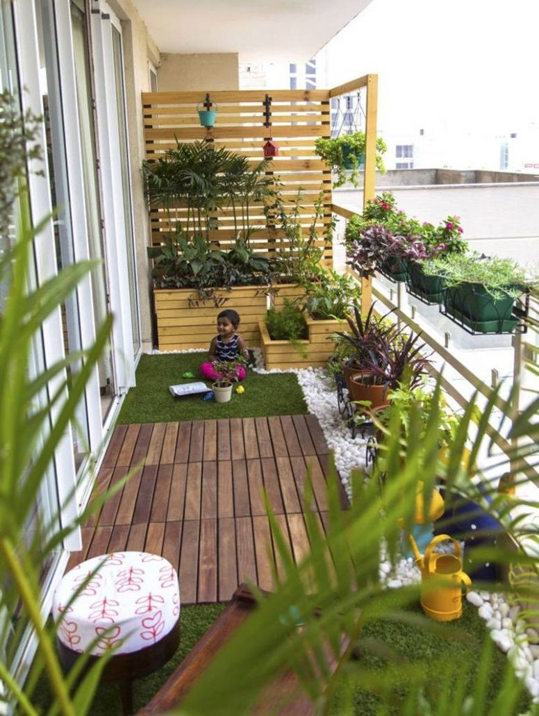 Creative Small Balcony Privacy Ideas | Small balcony garden ..