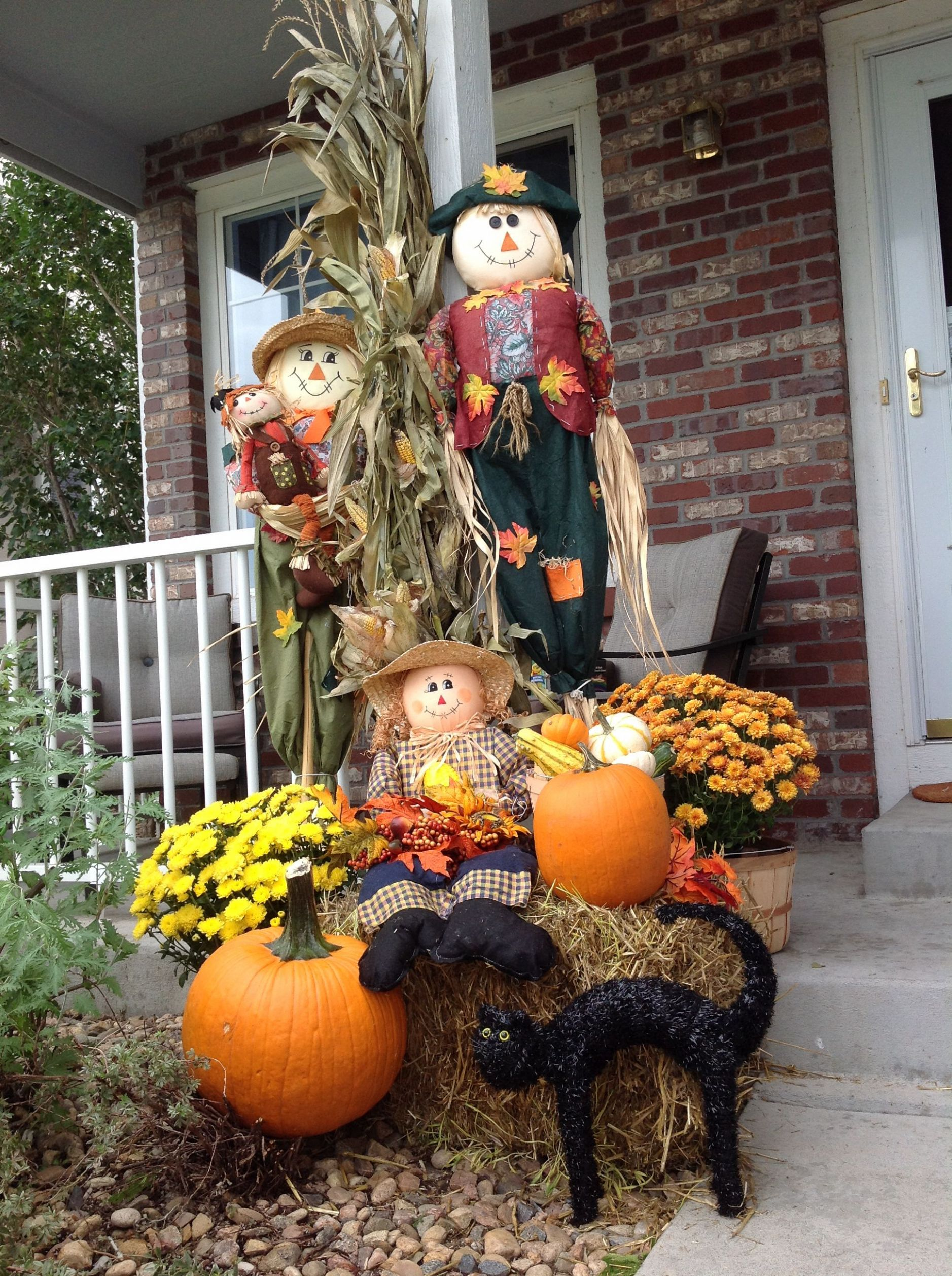 Decorating the porch for fall. | Fall decorations porch, Fall yard ..