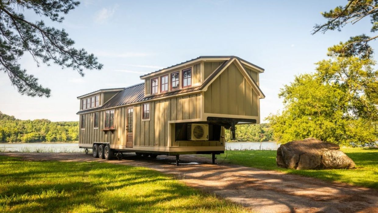 Denali XL (by Timbercraft Tiny Homes) in Alabama, USA -