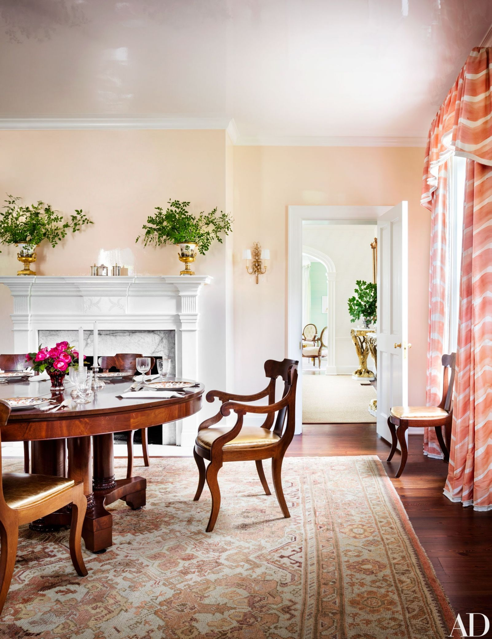 Dining Room Paint Colors Ideas and Inspiration   Architectural Digest - dining room ideas paint colors