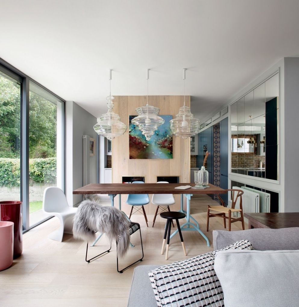 Dining Rooms That Mix Classic And Ultra-Modern Decor - dining room theme ideas