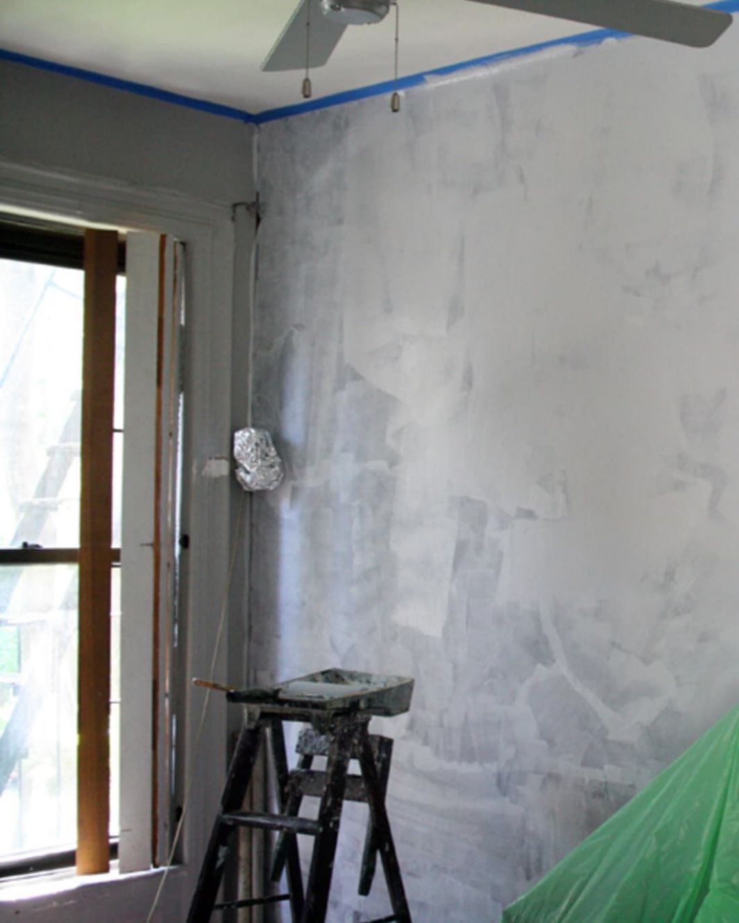 DIY Home Decor: How To Paint a Faux Concrete Wall Finish | Home ...