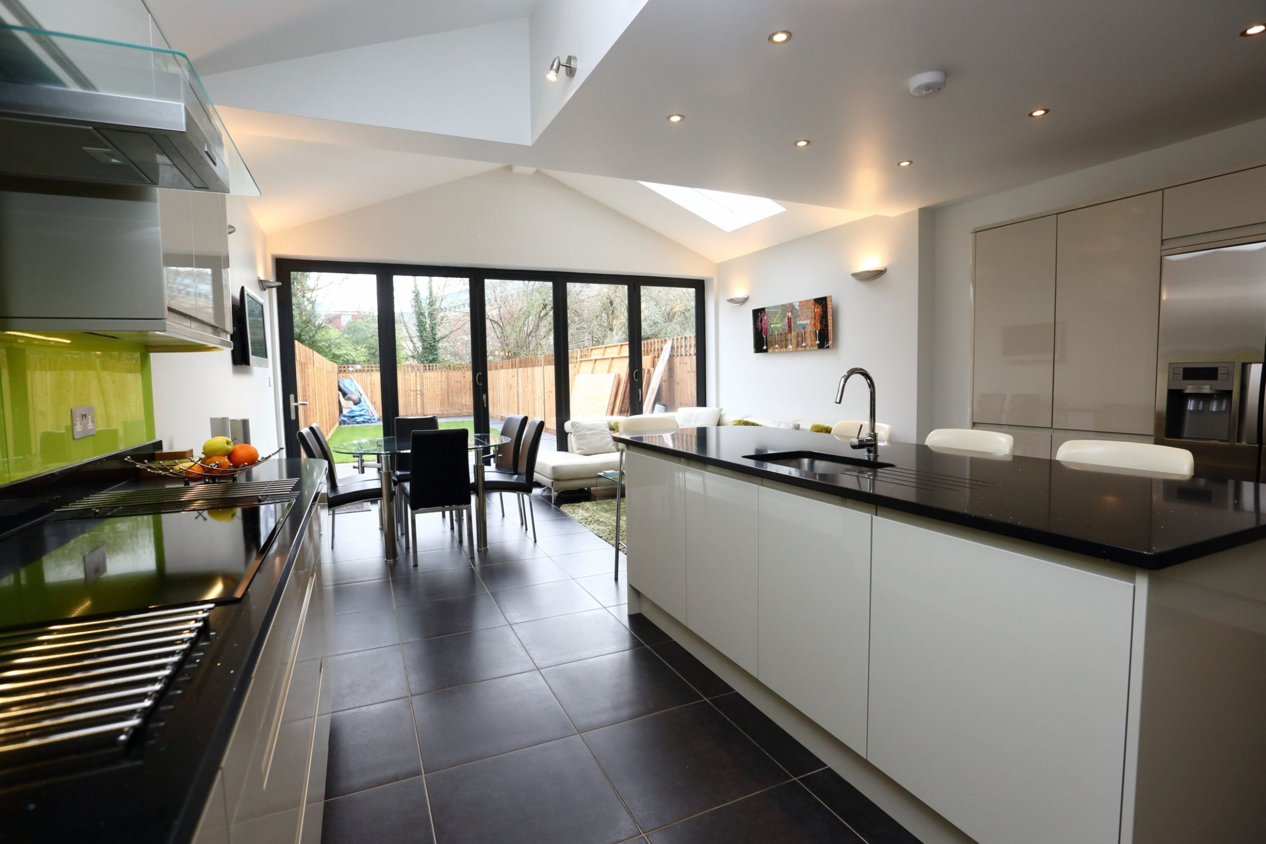 Do I Have Room for a Kitchen Island? | London Building Renovation - kitchen ideas 3m x 6m
