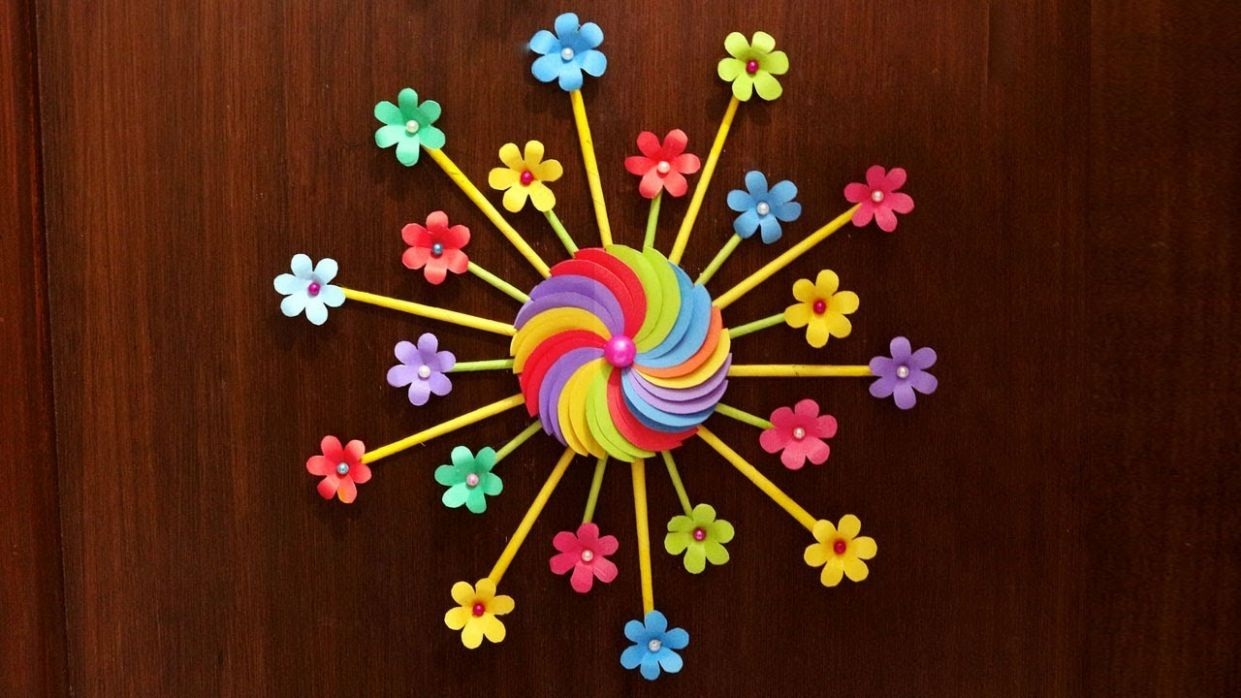 Easy DIY Home Decor Idea - Wall Decoration with Paper Flowers - Paper  Crafts flowers