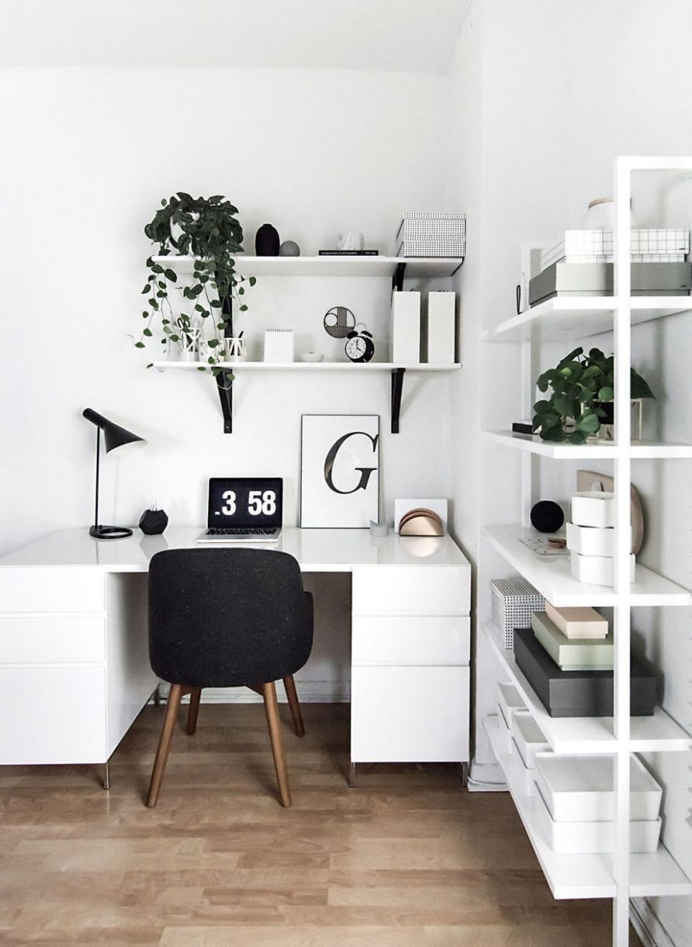 Easy Home Office Updates for the New Year | Minimalism interior ..
