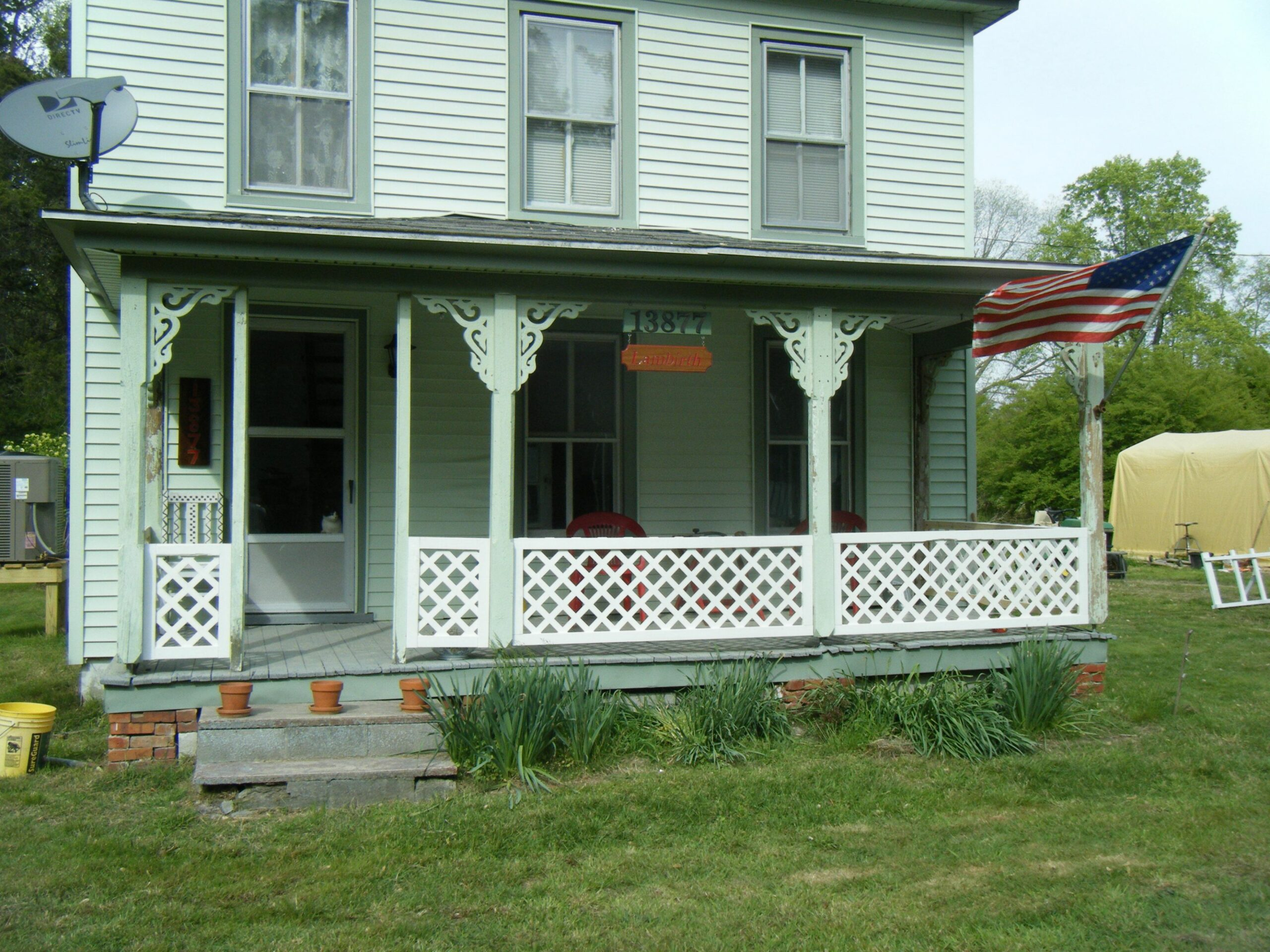 EASY railings around the porch. Lattice and 8x8 frames. | Outdoor ..