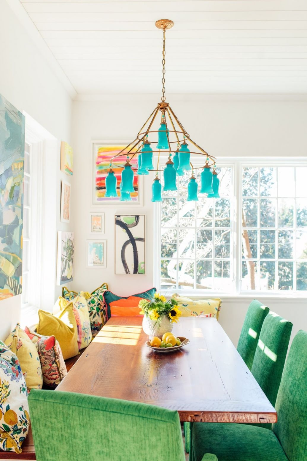 EIGHT COLORFUL HOME DECOR BLOGS TO FOLLOW - Dimples and Tangles