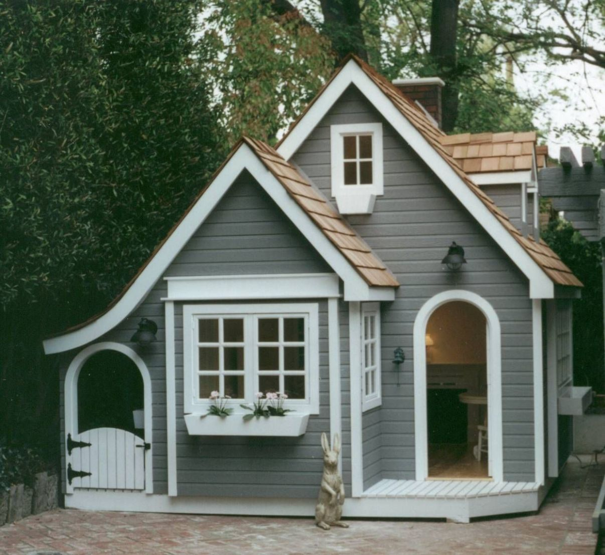 English Cottage Playhouse - More info here http://www ..
