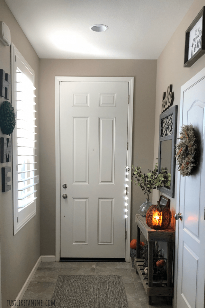 ENTRYWAY IDEAS FOR THE SMALL AND NARROW | Entryway decor small ..