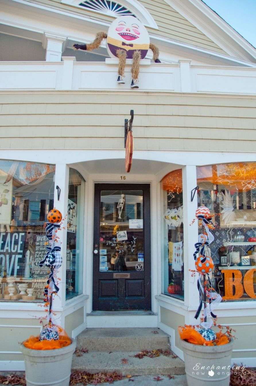 Essex, CT Halloween (With images) | New england, England ..