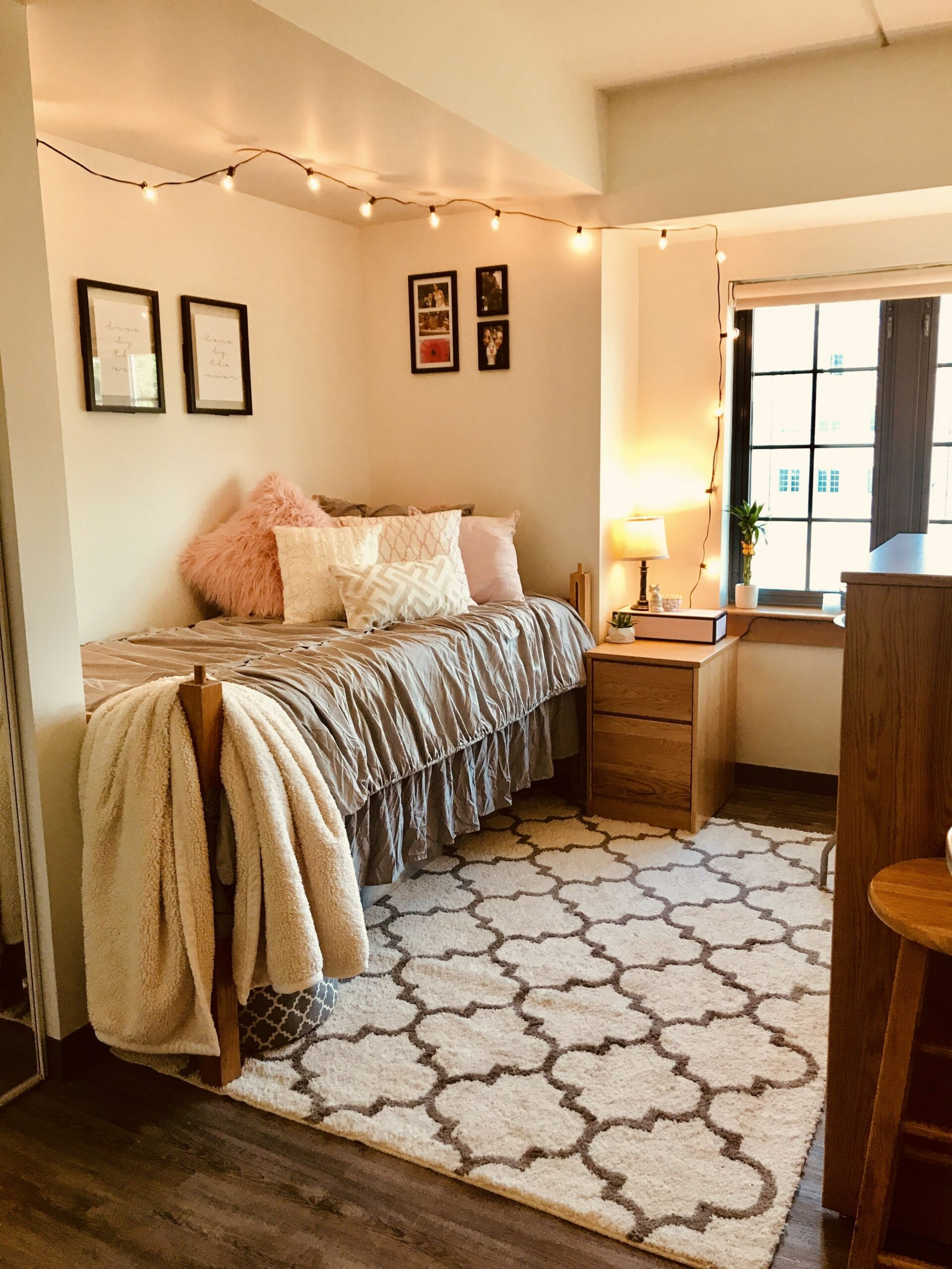 final product of my pinterest inspired dorm room! (With images ..