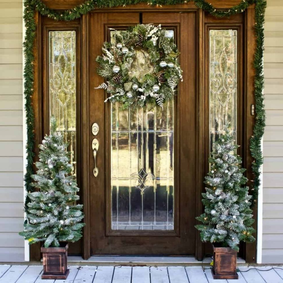 Front Door Christmas Decorating Ideas | Homemade Food Junkie - front porch tree decor