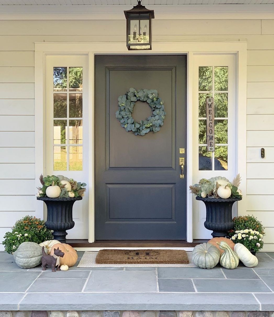 Front Porch Decor Ideas To Welcome Fall With - front porch door ideas