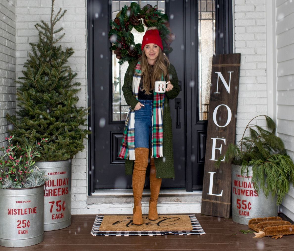 Front Porch Holiday Decor 10 - Bonjour Bliss Roxanne West